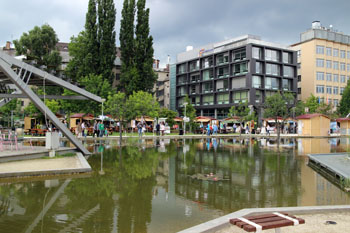 outdoor restaurants at the lake in Millenaris park on the Gourmet Fest