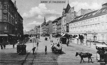 The Grand Boulevard ann at the intersection with Üllői út.