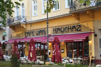 Cafe Vian's terrace with wine red tents