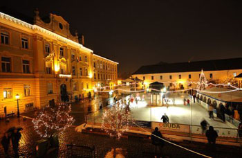 Obuda's Main Sqr and the ice rink lighted up during the Advent Festival