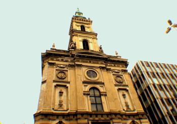 Church of St. Anne, Szervita Square