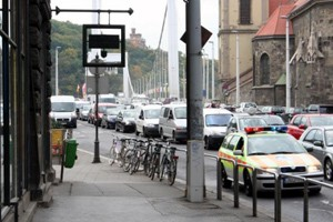 traffic in downtown Budapest