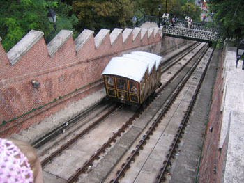 the 3-car funicular descending down from Castle Hill