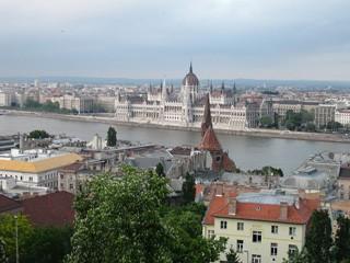 budapest_view_parliament