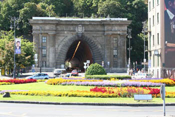 entrance of the the Tunnel under Castle Hill