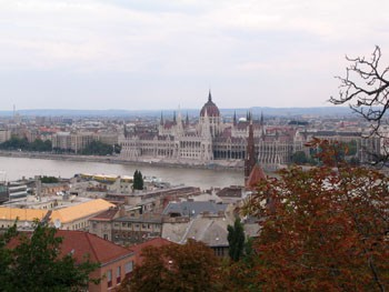 fishermen_bastion_budapest_castle_view