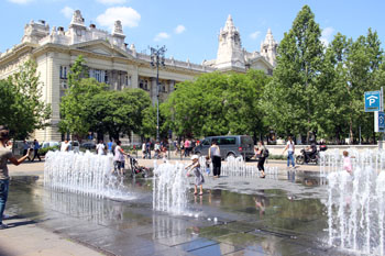 teh fountain in summer on Szabadsag ter