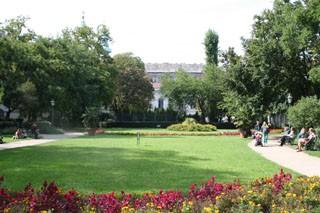 karolyi_park_budapest03