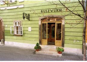 Ruszwurm Cafe in Szentharomsag Street