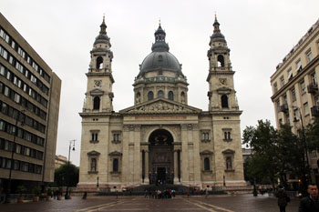 St. Stephen's Basilica on a rainy day in October, front view