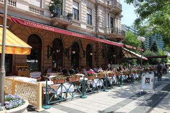 A restaurant with terrace on Danube Promenade