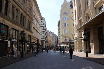 Váci utca - a premiere shopping area