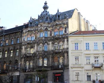 a historic building on Rakoczi ut