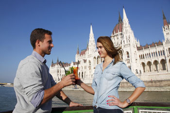 cocktail_boat tour_budapest