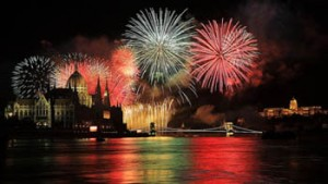 fireworks in all colour, over the Danube the Chain Bridge, the Parliament
