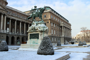 the National Gallery's eastern side in the Royal palace in snow