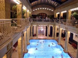 Gellért Spa and Hotel interior poo