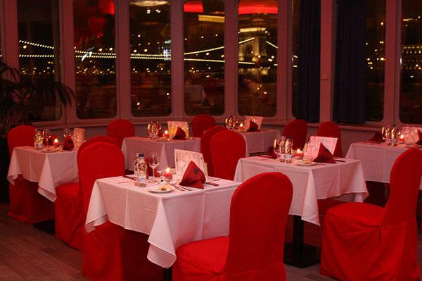 valentines day budapest cruise dinnerwinetasting 14 february 2018 - Valentines Day Cruises