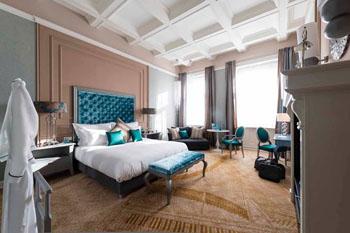 Aria signature room