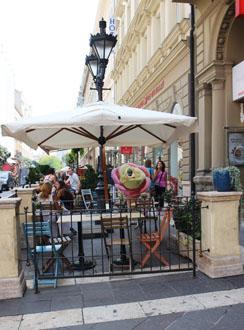 terrace of Gelarto Rosa
