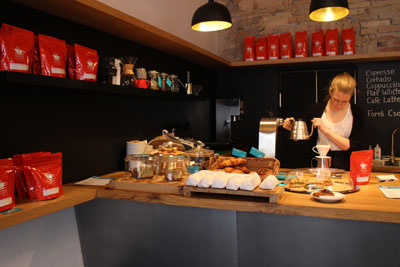 Livi making filter coffee in Espresso Embasy
