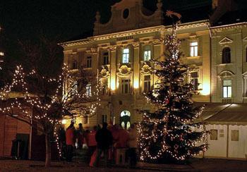 Christmas on main sqr of Obuda