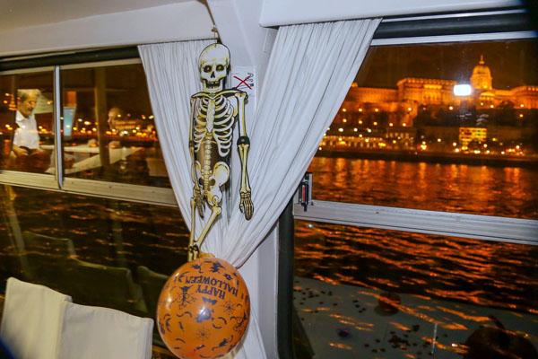 skeleton decoration on halloween cruise boat