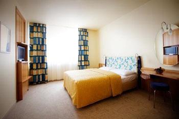 a room in Starlight Suiten Hotel