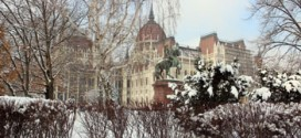 The Parliament and Kossuth sqr. covered in snow