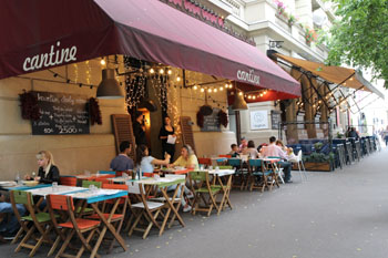 the terrace of Cantine restaurant with wine red tents