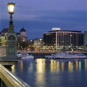 sofitel_budapest_chain_bridge_hotel