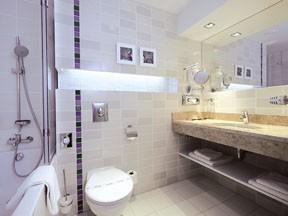 bathroom in Atrium Fashion Hotel