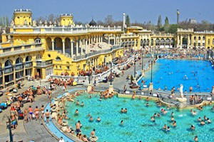 outdoor pools in Szechenyi and the yellow neo baroque building