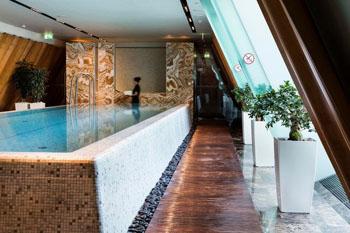 indoor swim pool in Four Seasons Hotel Gresham Palace