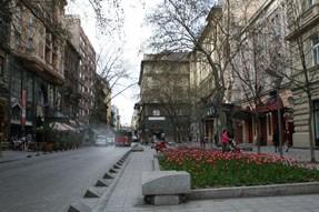 Pesti Broadway-Nagymezo utca in early spring