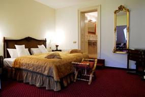 bedroom with baroque decor