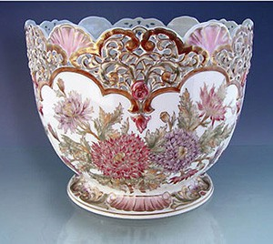 zsolnay_porcelain