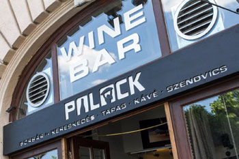 the top of the entrance door with Wine bar Palack written in white