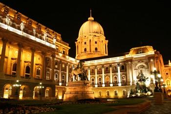 Buda Castle: Royal Palace by Night