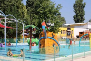 a pirae ship in the children's pool