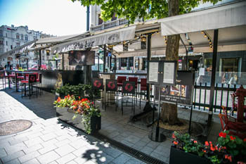 the terrace of Buddha bar's pop-up bar on Vaci street